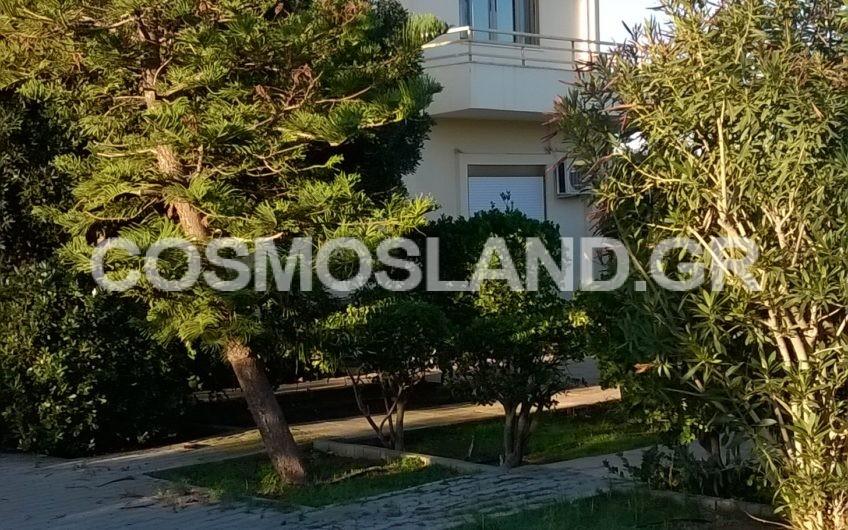 Μονοκατοικία 230 τ.μ. Λουτράκι 290.000 ευρώ ΚΩΔ.7018