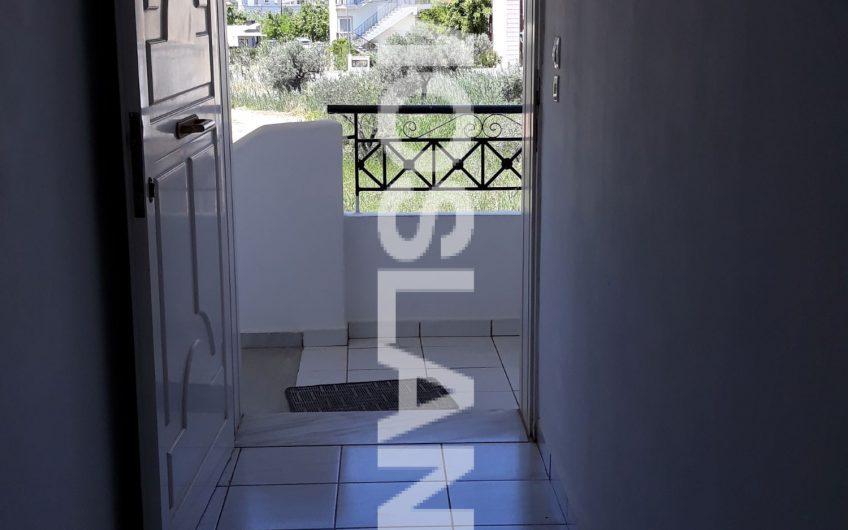 Διαμέρισμα 50 τ.μ στην Αλμυρή 120.000 ευρώ ΚΩΔ.7067