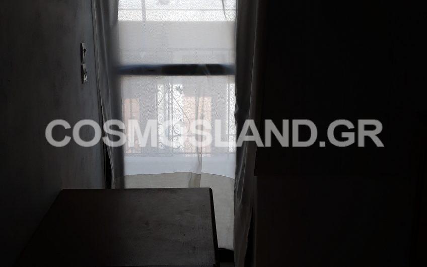 Διαμέρισμα 55 τ.μ στα Λουτρά Ωραίας Ελένης 240 ευρώ ΚΩΔ.9043